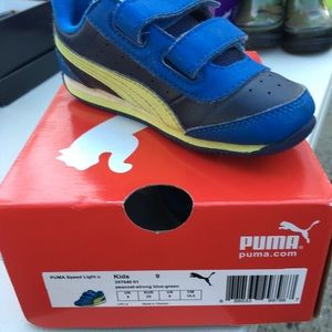 Boys light up Puma Sneakers size 9